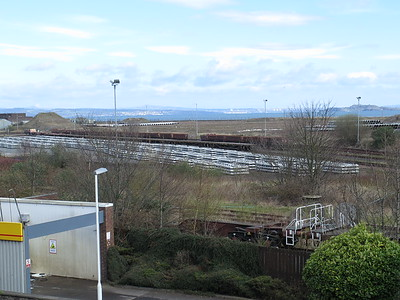 Leith South yard 17th April 2016 - lots of sleepers