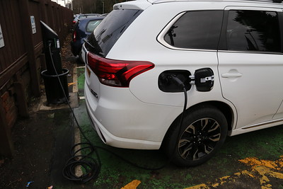 Lenzie EV charger in action