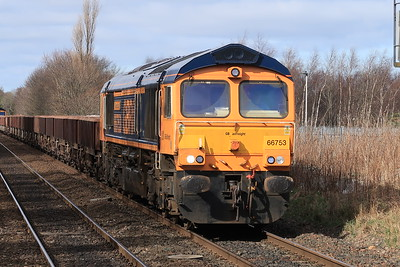 66753 leads 66786 on 6K25 Laurencekirk - Millerhill at South Gyle 21st March 2021