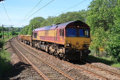 66050 6S50 Carlisle - Millerhill engineers passing Curriehill