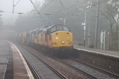 37116 leads 37025 on 6K20 1608 Millerhill - Crianlarich through a foggy Curriehill 13th June 2020
