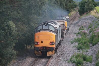 37218 brings up the rear of 6M98 Georgemas - Carlisle at Muir of Ord 3rd September 2013
