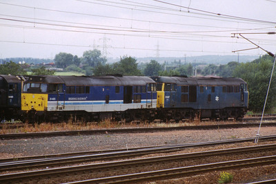 31465 and 31467 at Motherwell depot