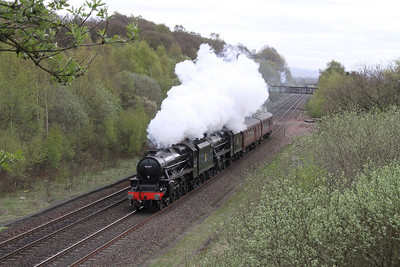 45407 and 44871 passing Plean
