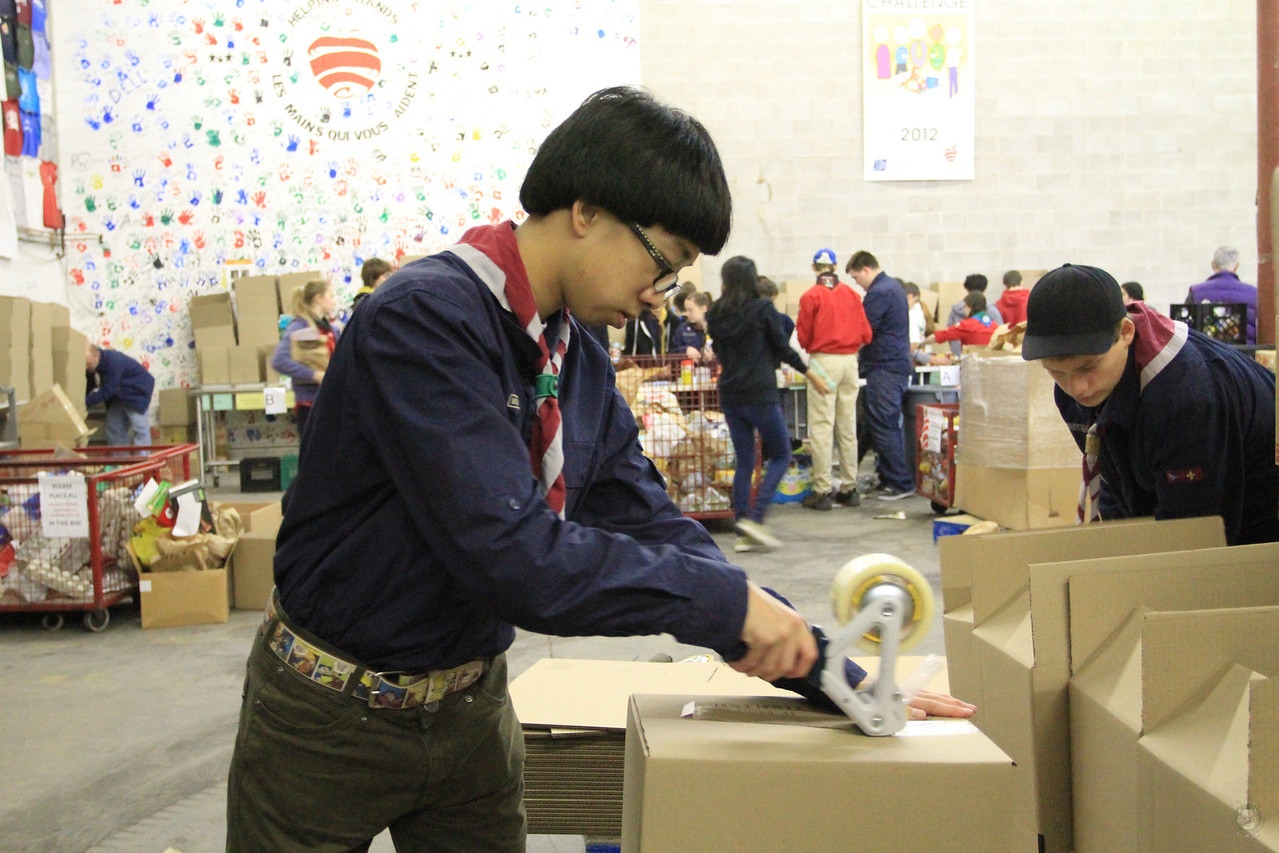 Food_Drive_Scout Food Drive_IMG_0935
