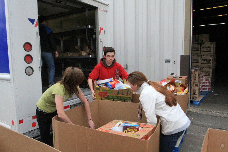 Food_Drive_Scout Food Drive_IMG_0929