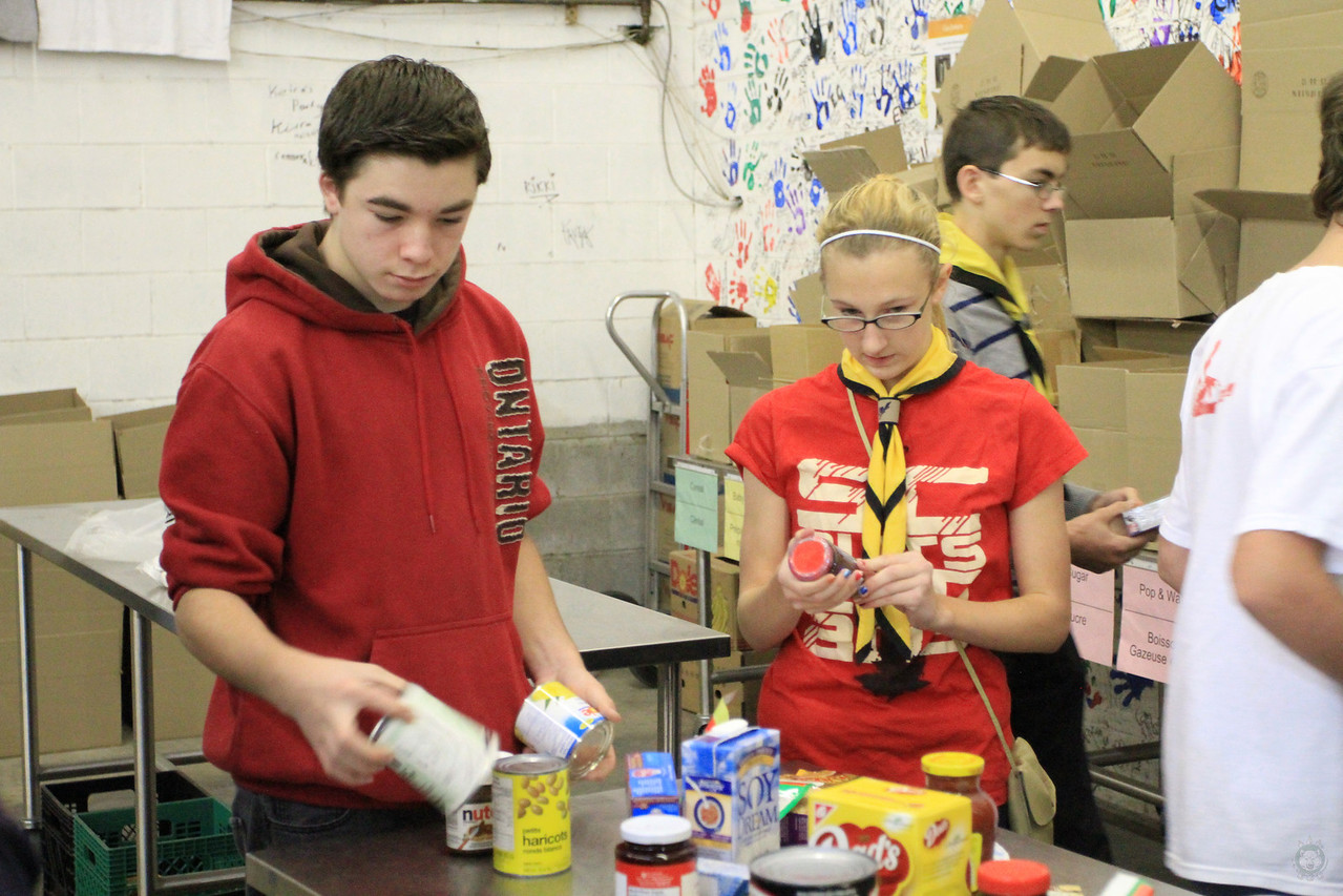 Food_Drive_Scout Food Drive_IMG_0883