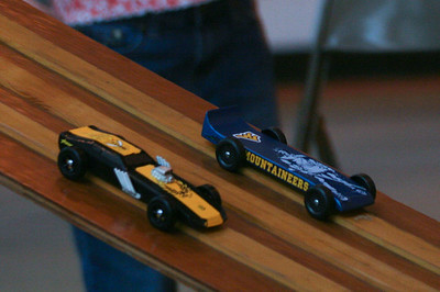 pinewood_derby_2008_pack_100-0522