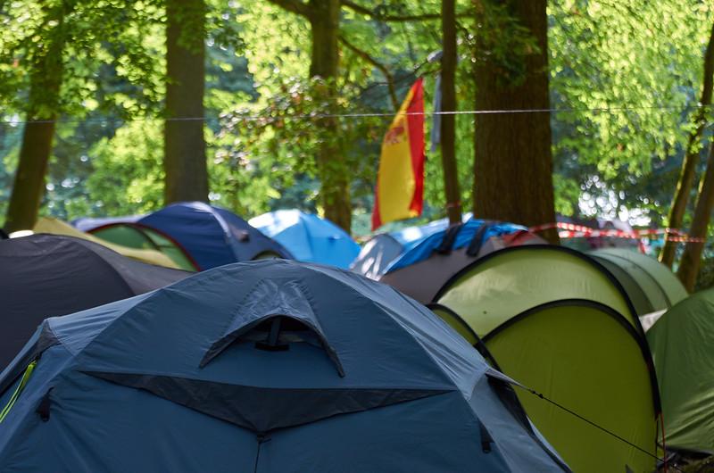 Camp de tentes igloos