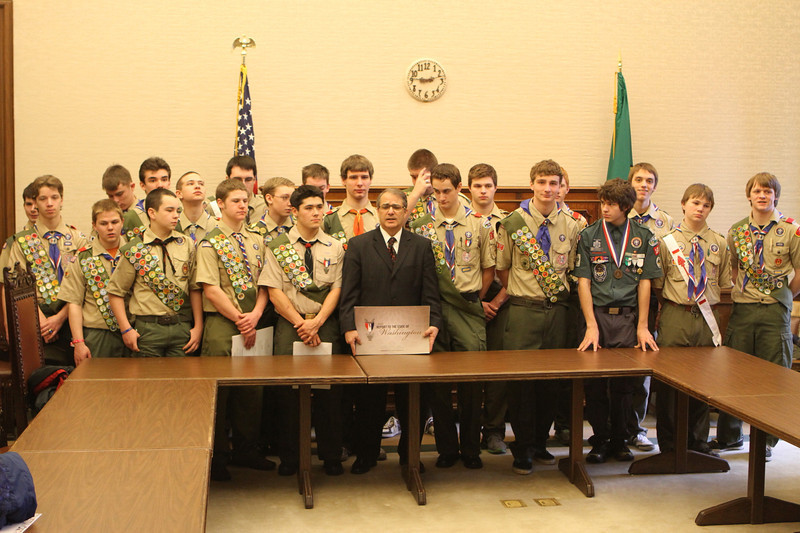 Lt Governor Brad Owen Report to State Eagle Scouts (8258)
