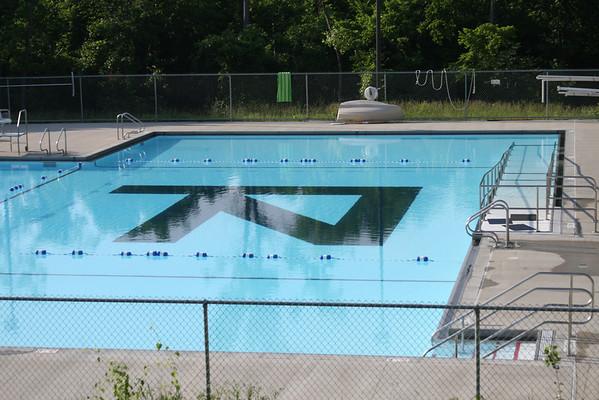 Pool Time at Naish