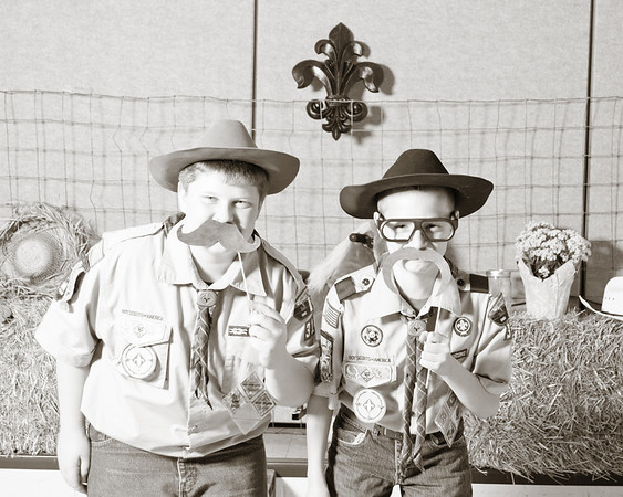 Scouts (1)