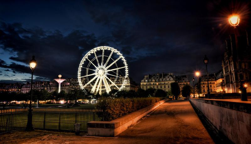 Paris ferris wheel at night