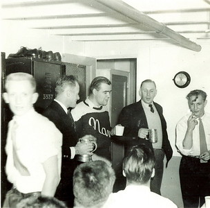 1952L to R: Skinner(Cook), Ennis, Ed Thompson (Dive O), LCdr Ruse (CO), LCdr MacAlpine (XO), Danny ?(Stores), Ted Gaffney (Stoker)