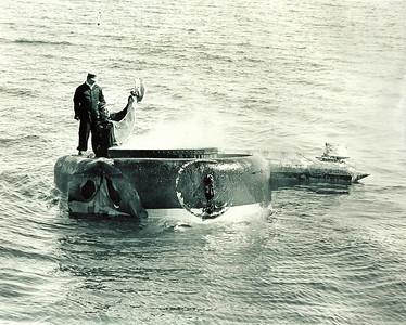 Oil Tanker SS ARROW Oil Recovery Job 1970USN Lt. Bud Nuquist & LSCD Fred Lamirandierre (Ojibwa) sending smoke signals to naval headquarters.
