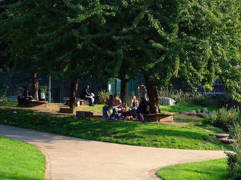 Waterloo Millennium Green - Unda da Trees