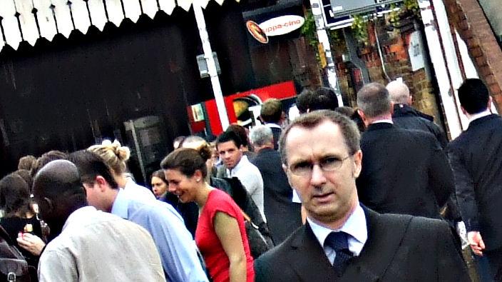 Wonky : Dat Suit Business - 002