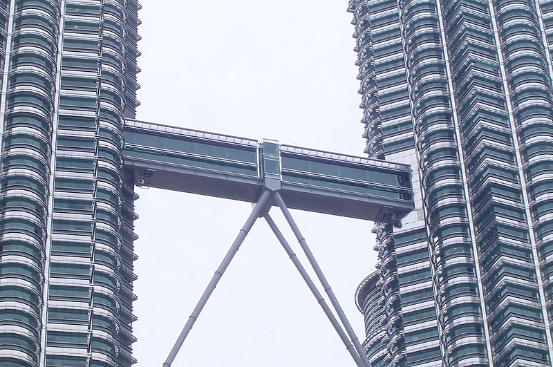 KL Towers - Skybridge Detail - 003