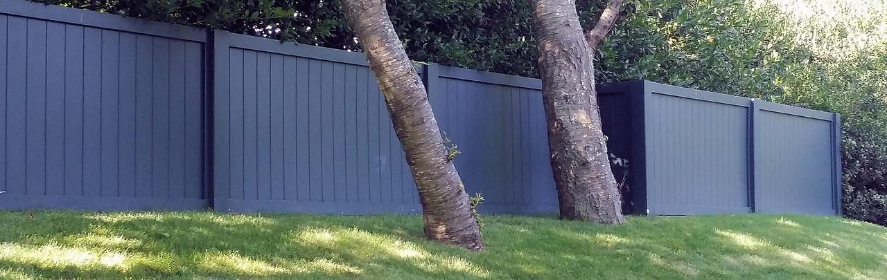 294 - NY - Custom Board Fence