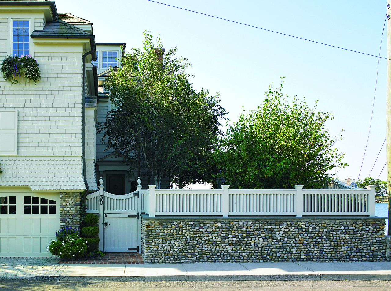 177 - 96060 - Rowayton CT - Louvered Fence