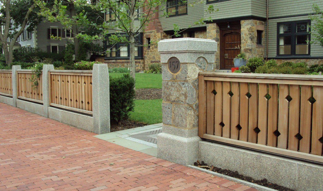 316254 - Cambridge MA - Custom Fence