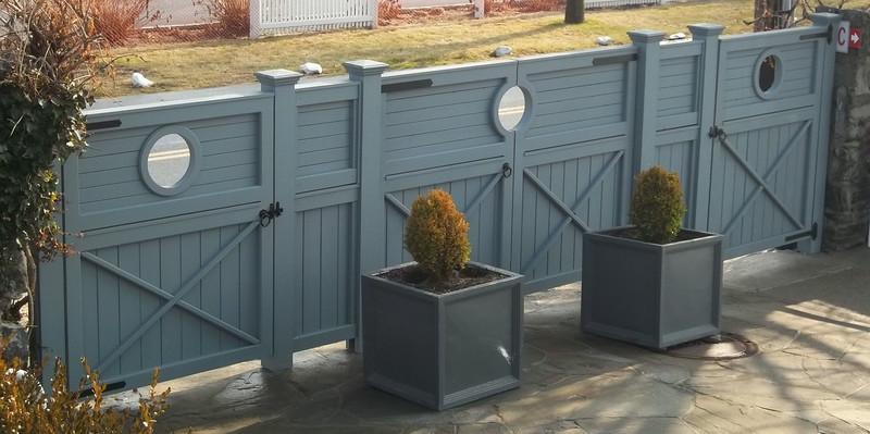 198 - 413704 - Rye NY - Custom Board Fence & Gates