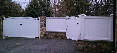 873 - NJ - Universal Board Fence & Gates