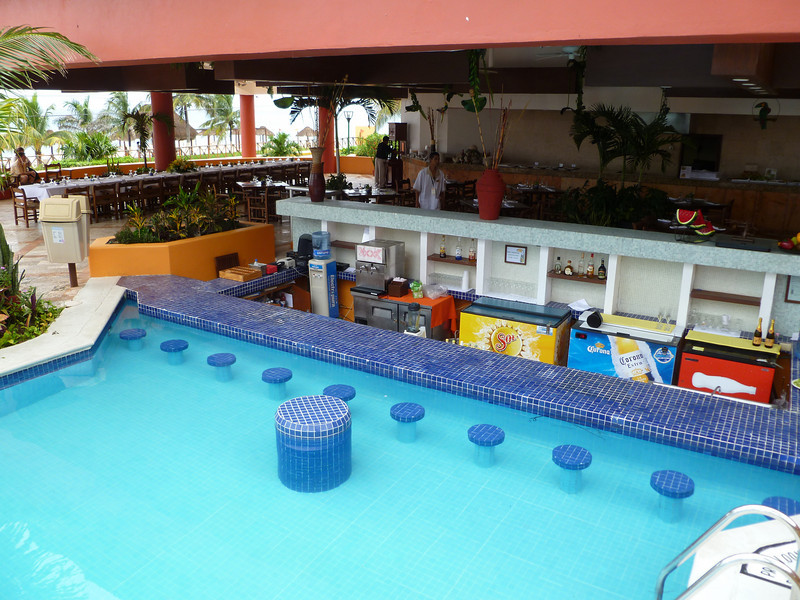 Swim up bar and buffet restaurant.