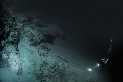 Photo of Big Blue Hole Caysal Banks, Depth 210 feet    ISO 2400 F2.8 1/60 Natural Sunlight