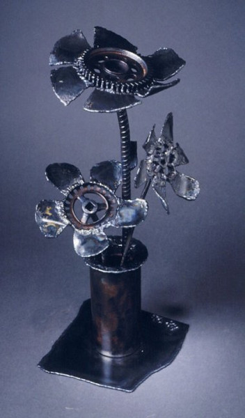 "<h2>Vase of Flowers</h2> welded steel, found objects 21"" x 12"" x 11"" December, 1998"