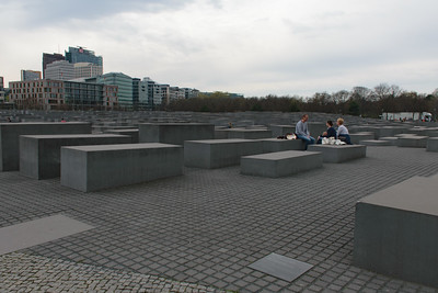 Holocaust Memorial. Peter Eisenman, Buro Happold. Berlin, Germany