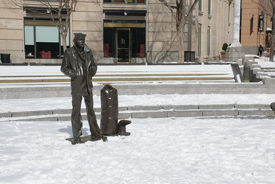The Lonely Sailor. Stanley Bleifeld. U.S. Navy Memorial, Washington, USA.