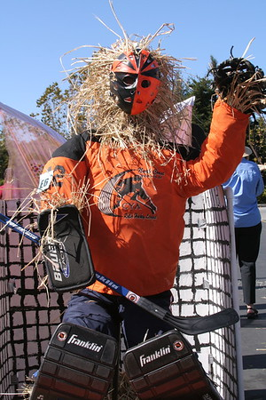 Scarecrow contest 05