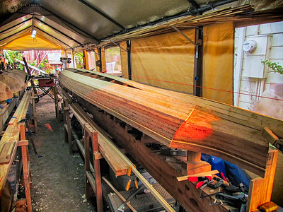 Stripping the hull of the Twin Star tandem. August 1, 2015.