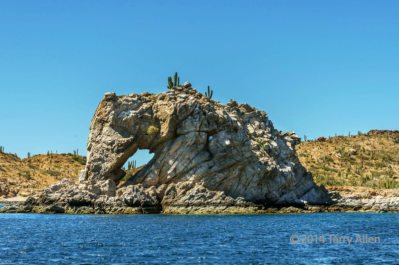 Hole in the rock, Isla Catalina, Sea of Cortez, Baja, Mexico