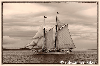 A rival on the starboard side - the Schooner Heritage