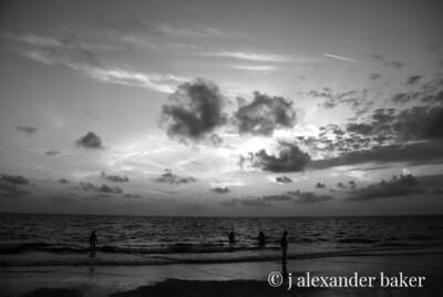 Sunzet, Naples FL