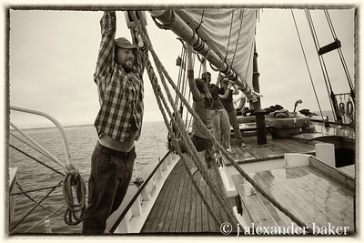 Riding the mainsail boom