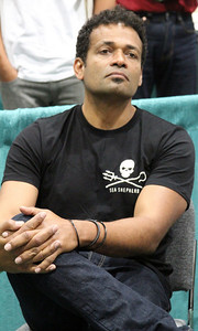 Actor Mario Van Peebles listens to Captain Paul Watson's answer. Captain Paul Watson speaks at the Go Green Expo in Los Angeles, CA on April 16, 2011 - L.A. Convention Center.  Photos by Erin Suggett for Sea Shepherd.  © Erin Suggett Photography 2011.  All Rights Reserved.