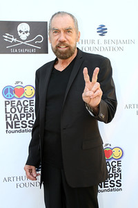 John Paul DeJoria on the red carpet. © Erin Suggett Photography