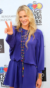 Actress Daryl Hannah on the red carpet. © Erin Suggett Photography