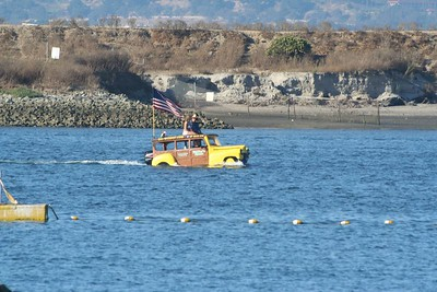 A nifty Woody boat!