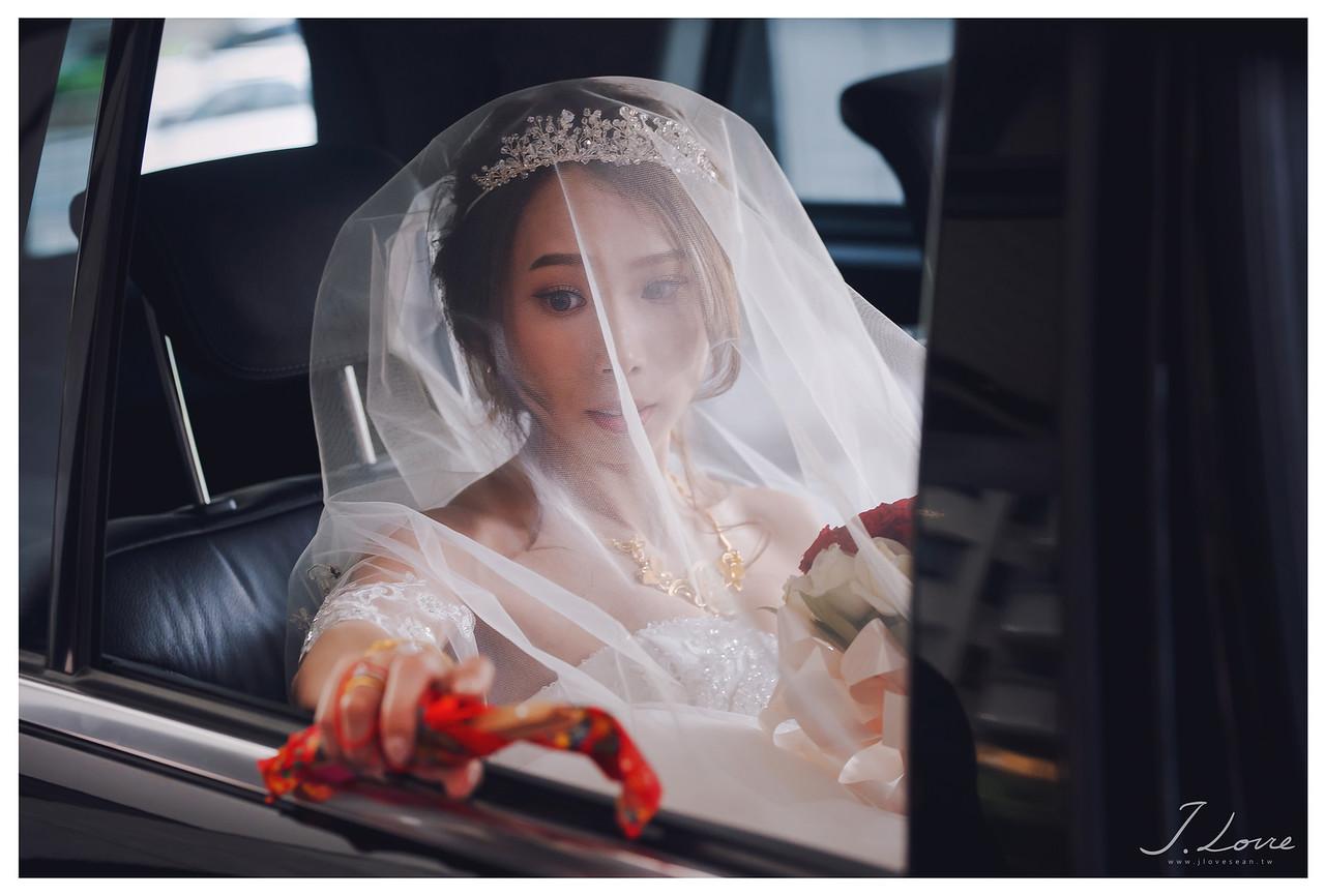 《新北婚攝》婚禮中那不捨的感動 / 新店頤品