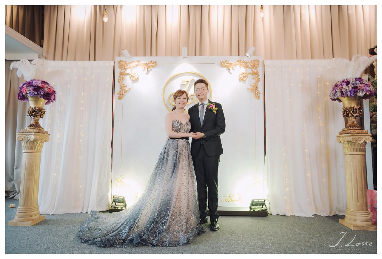 《台北婚攝》淚光中的幸福模樣 / 民權16香榭玫瑰園