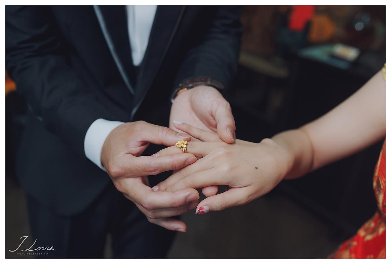 《台中婚攝》因為是你,所以我願意/萊特薇庭