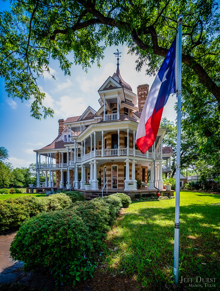 Seaquist House Texas Flag