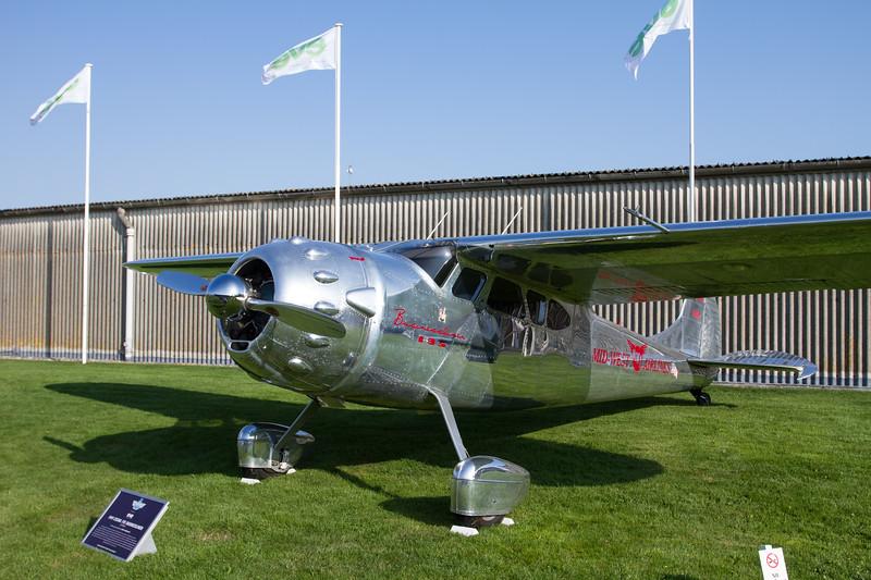 1949 Cessna 195 Businessliner