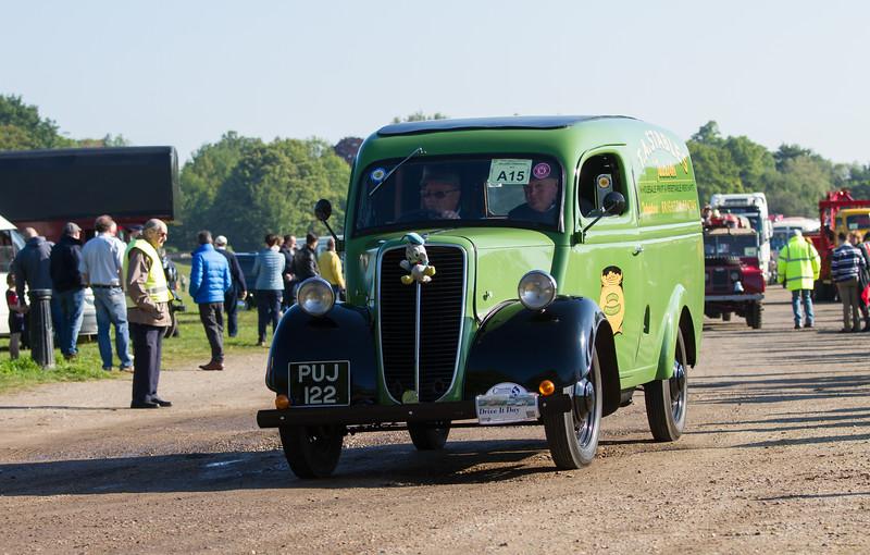 1947 Fordson E83W Van