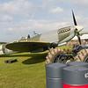 1942 Supermarine Spitfire LF Mk.Vb / 1942 Fordson Tractor Model N