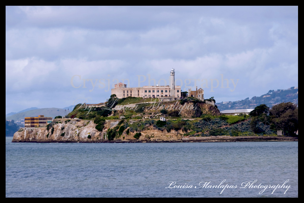 Alcatraz taken from Pier 39 using Canon 20D